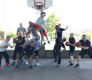 lunchtime_basketball_group